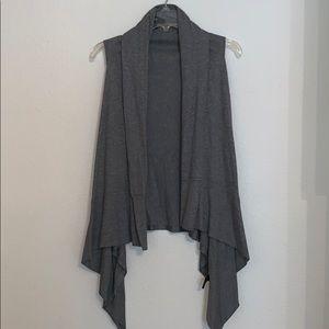 Mossimo Gray Sleeveless Sweater
